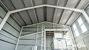 Egyrétegű trapézlemez tetőburkolat belső oldalon páramegkötő filcréteggel 2.