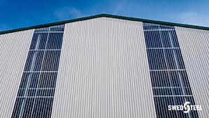 Hőszigetelés nélküli épületek (hidegcsarnokok) egyrétegű trapézlemez burkolata 3.